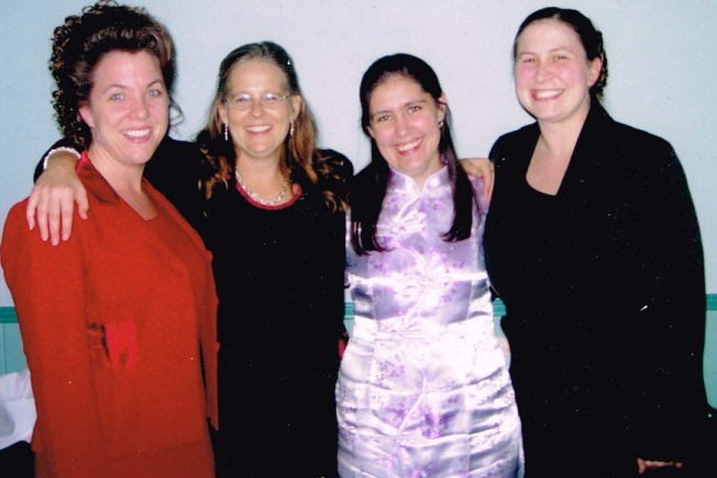 "R-L: Mindy, Tammy, Jessi, Brandy (we like to associate ourselves with others whose names end in ""e"")"